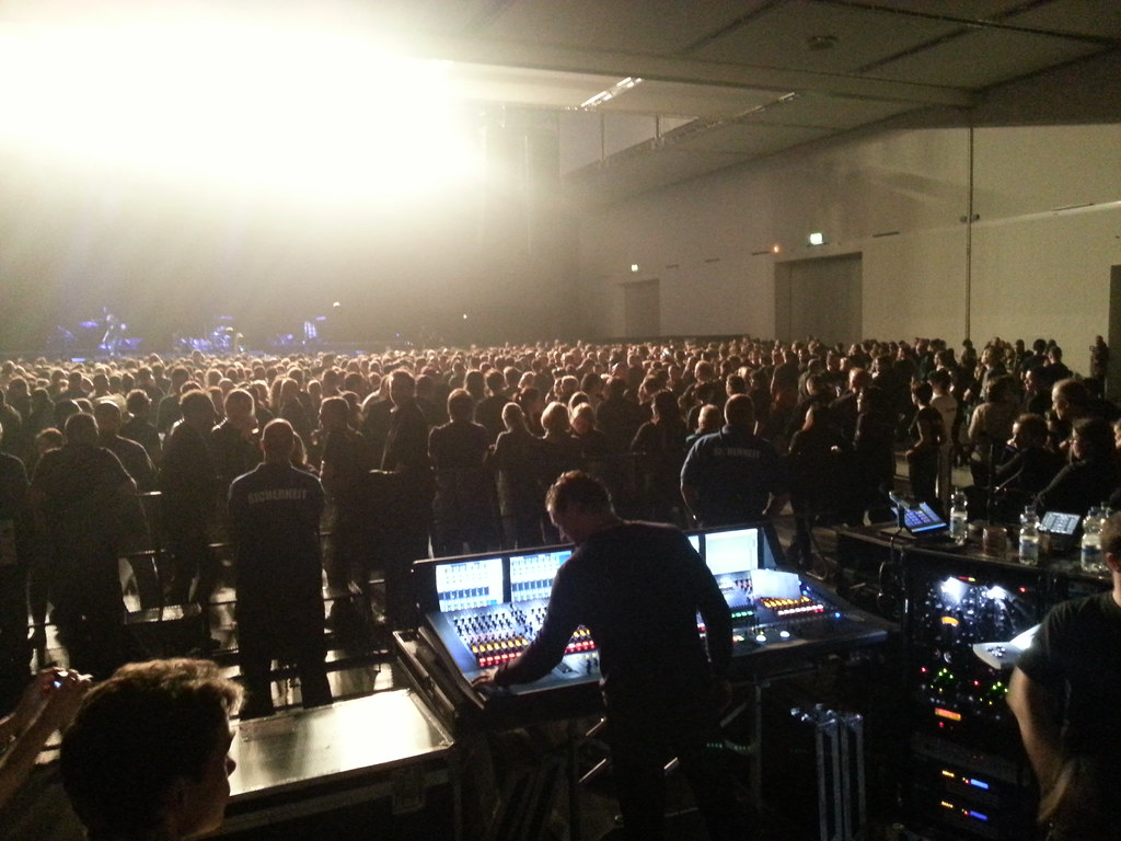 12495318504 a94644f635 b Depeche Mode   Delta Maschine Tour