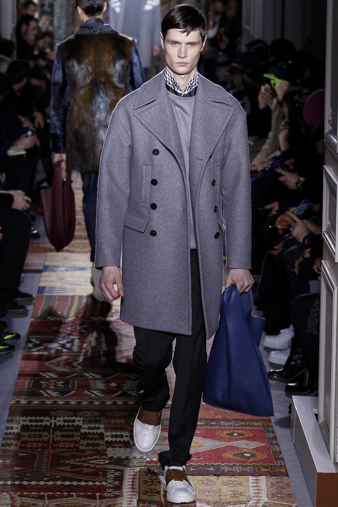 FW14 Paris Valentino026_Andrew Westermann(VOGUE)