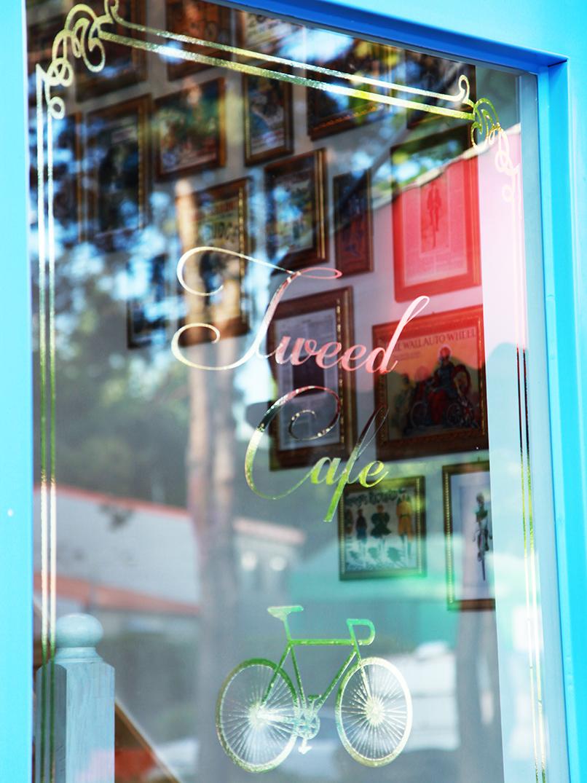 cafe tweed 5