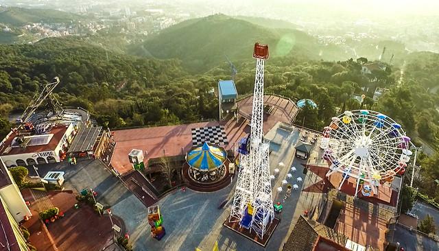 Una altra vista del parc del Tibidabo