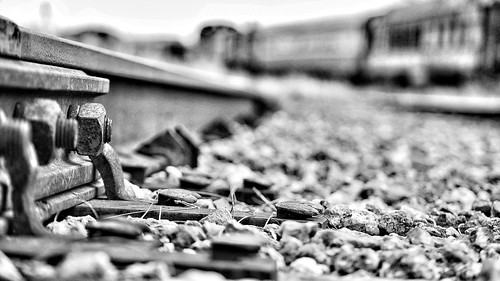 railroad blackandwhite bw blur blancoynegro museum train de point tren gold coast nikon view florida miami low tracks railway nails desenfoque d60 blurredbackground vías wetravel snapseed crónicasdelviajerodeluz thelighttravelerchronicles thelighttravelerdiaries diariodelviajeroligero thelighttraveler