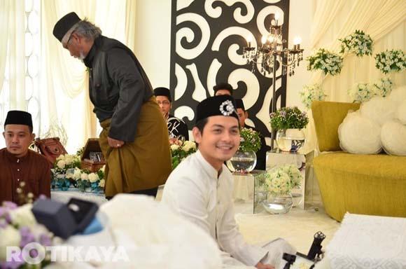 8923138098 963a1ec811 o Gambar Perkahwinan Izzue Islam dan Awin Nurin