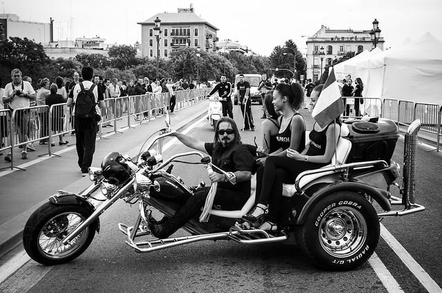 Dame una moto, que lo demás viene rodado (I)