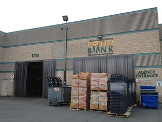 @LAbitesHunger at L.A. Food Bank