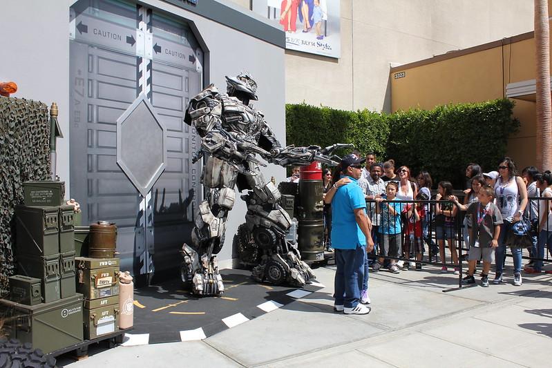 Produits Dérivés des Films TF | Vente des vrais auto des Films TF | TF The Ride, Parc d'attraction Universal Studios - Page 4 9427820880_76b7150336_c