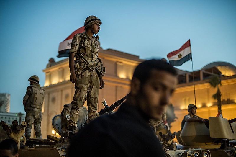 (38)EGIPTO-CAIRO-SOCIEDAD-ESTADO EMERGENCIA
