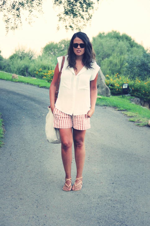 Look shorts rayas + camisa blanca - Monicositas