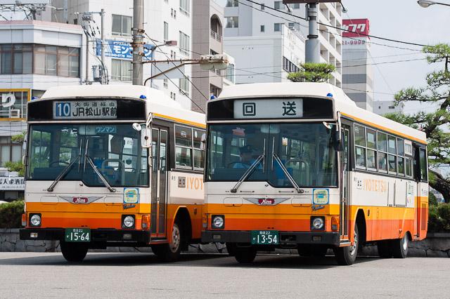 伊予鉄道 日野レインボーRJ か15-64 か13-54