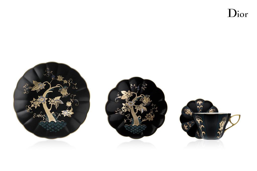 Session_12_062_Composition_Service Porcelaine Japonais Noir_001