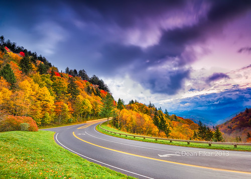 road street autumn color tree fall nature clouds forest season outdoors nationalpark unitedstates scenic northcarolina center line transportation smokies blacktop brysoncity greatsmokymountainsnationalpark turnlane midline