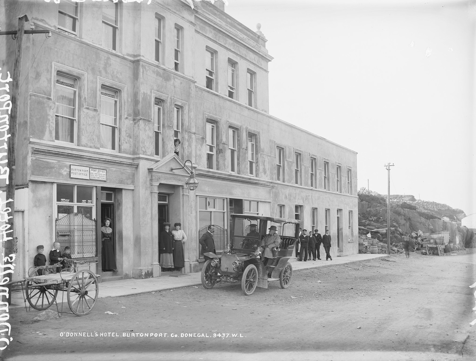 Old photo of O'Donnell's Hotel, Burtonport, Donegal, Ireland