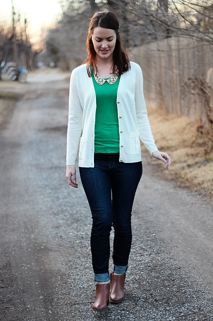 green-shirt-with-collar,-white-cardigan-1