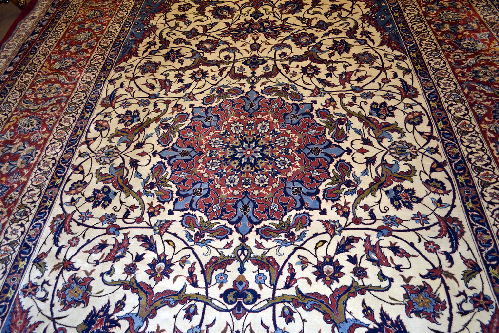 Over Size Isfahan Persian Area Rug 13x17