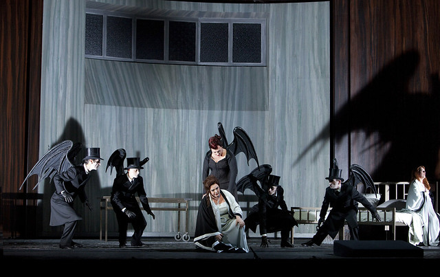 Elena Pankratova, Michaela Schuste, Emily Magee and actors in Die Frau ohne Schatten, La Scala, Milan, 2013 © Monika Rittershaus/Teatro alla Scala