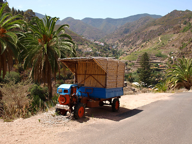 Rural transport, Vallehermoso, La Gomera