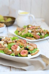 Roasted pear and fig salad