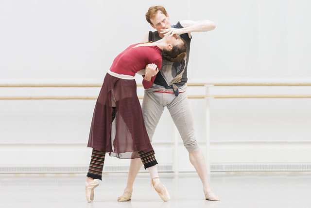 Edward Watson and Lauren Cuthbertson in rehearsal for The Winter's Tale © ROH/Johan Persson, 2014