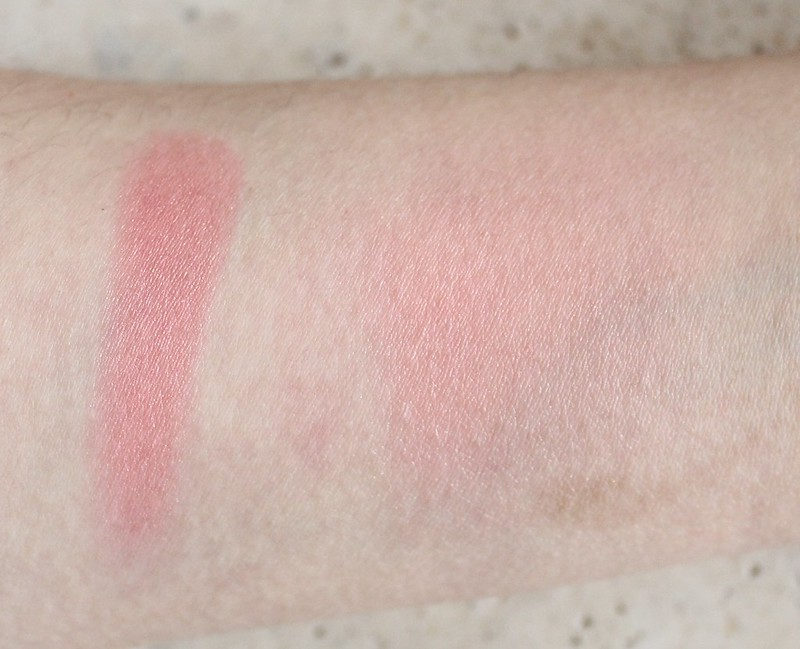 Clinique Cheek Pop blush in Peach Pop swatch