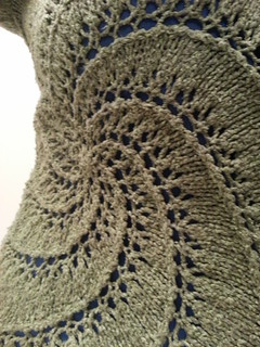 Swirl pullover