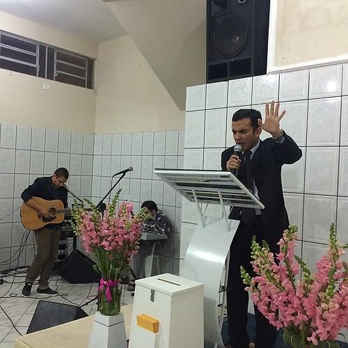 Inauguração da Igreja Casa de Oração de Sorocaba do meu amigo Pr. Valério César...#benção... @deputadojorgetadeu