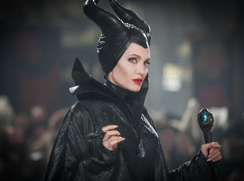 rs_1024x759-140312101236-1024.Angelina-Jolie-Maleficent-Sleeping-Beauty-6.jl.031214