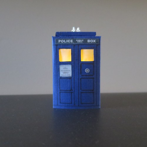 Iron Craft '15 Challenge #12 -Tiny Tardis Nightlight