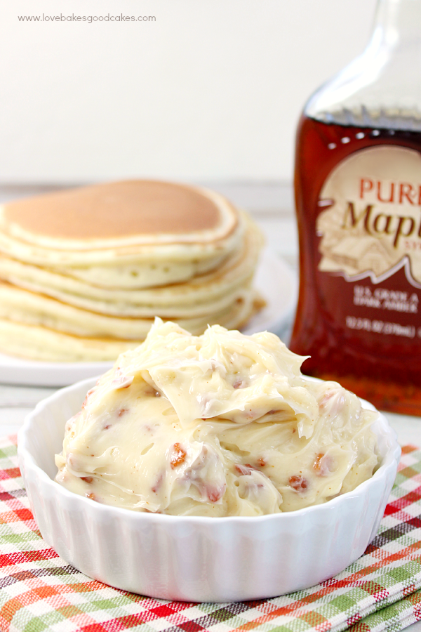 Maple Bacon Butter - It only takes 3 ingredients to take your butter from blah to WOW!!! Great on top of sweet potatoes, toast, waffles or pancakes. #BaconMonth2015