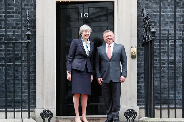 رئيسة الوزراء البريطانية تيريزا ماي تستقبل جلالة الملك عبدالله الثاني في مقر رئيس الحكومة في لندن