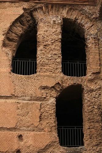 Strane finestre