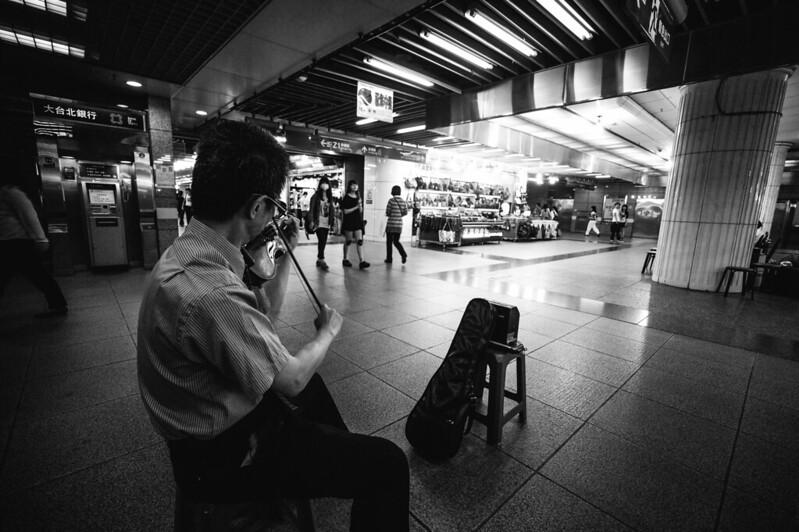 台北車站地下街。