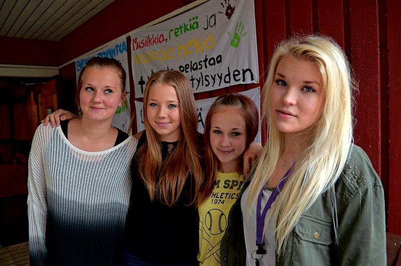 Tytöt 2