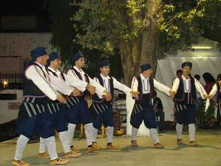 καμάρι παστίδας ρόδου παρουσίαση χορών στην Κρεμαστή