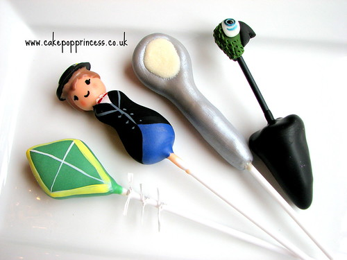 Mary Poppins cake pops