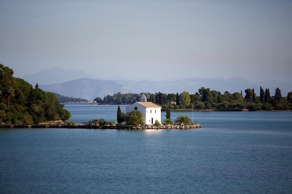 4. Estampa costera de la isla. Bas Boerman