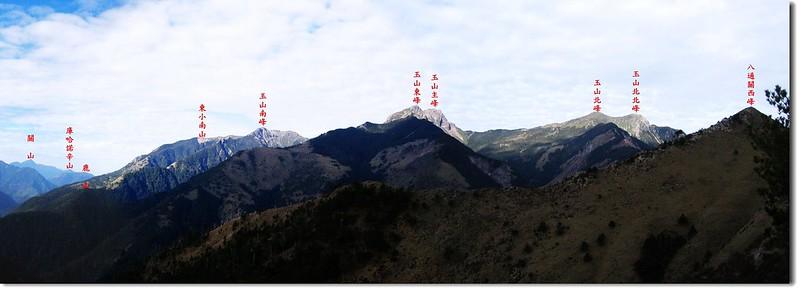 玉山群峰(From 八通關山)