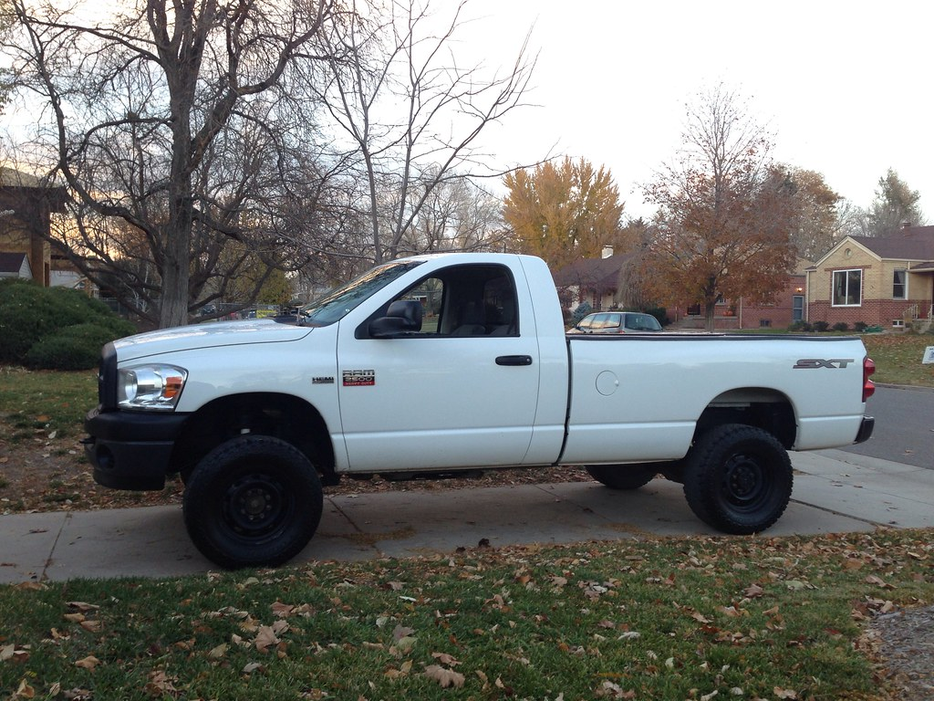 thread my newto me dodge 2500 regular cab 4x4 let me show you it - White Dodge Ram 2500 Lifted
