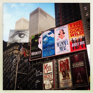 New York - Times Square, musicals & the eye