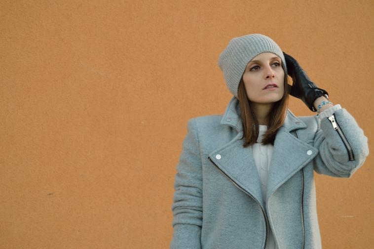 lara-vazquez-madlula-blog-grey-coat-abrigo-gris