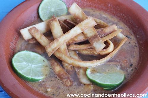 Sopa yucateca de lima www.cocinandoentreolivos (25)