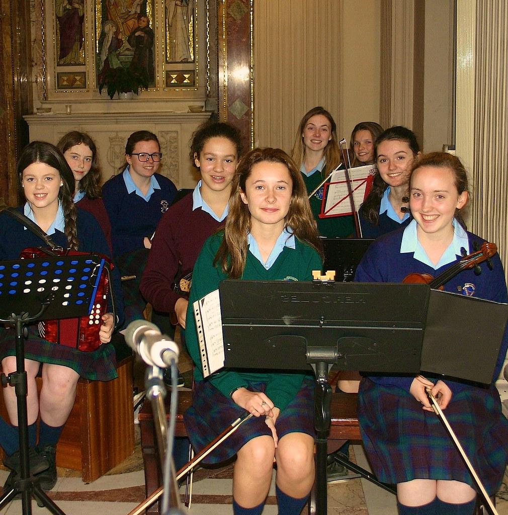 irish schoolgirls at play