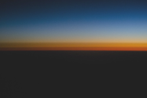 Cielo  sobre  algún lugar de la costa peruana. by Mancha Extraña