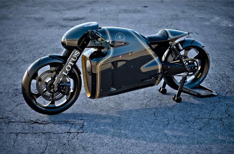lotusc-011195v-twinsuperbike-30