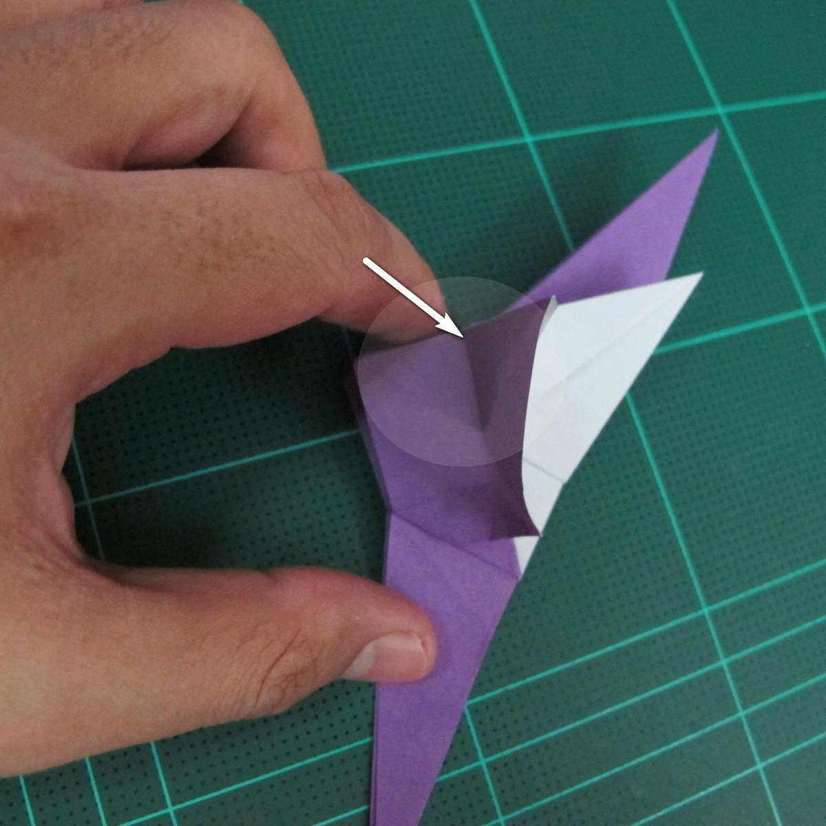 วิธีพับกระดาษเป็นรูปนกอินทรี (Origami Eagle) 017