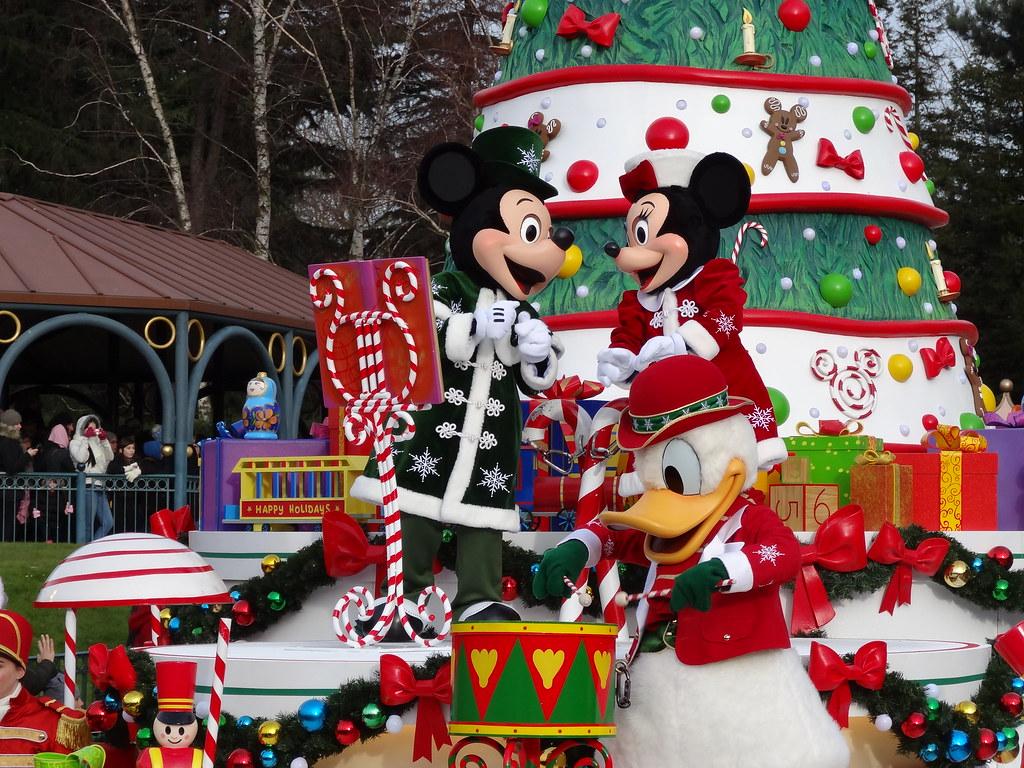 Un séjour pour la Noël à Disneyland et au Royaume d'Arendelle.... - Page 3 13669343453_b62b81d2e4_b