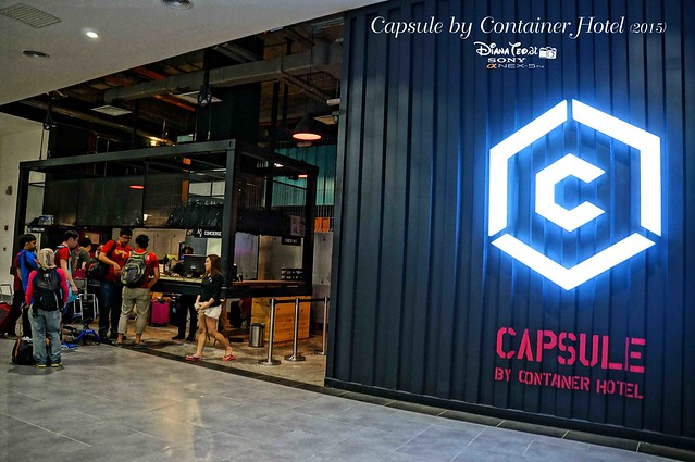 Capsule by Container Hotel 02