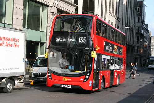 Docklands Buses EHV5 on Route 135, Liverpool Street