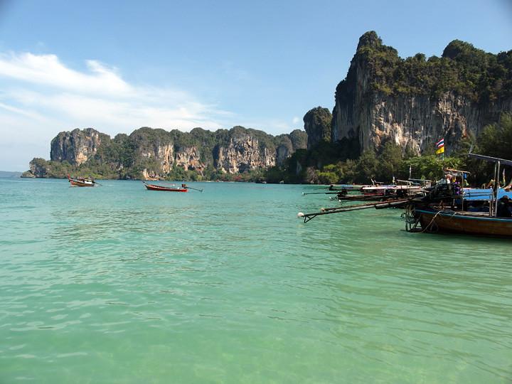 typicalben phi phi island 27