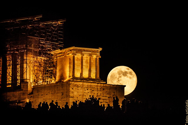 supermoon 2013 rises over the temple of athena nike, at the acropolis
