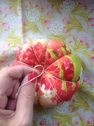 Pin cushion tute