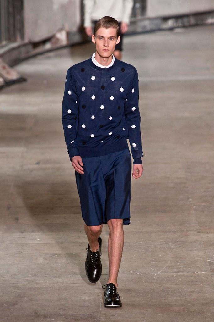 Adam Abraham3039_SS14 Paris Kris Van Assche(fashionising.com)